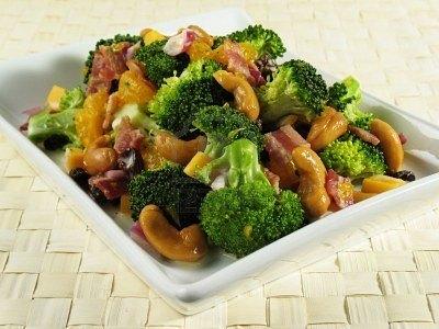 Plato de brócoli (Fuente: ww.d-gusto.com)