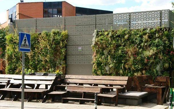 Cubiertas vegetales y jardines verticales qu son y qu for Jardines verticales beneficios