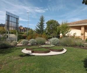 Jardín de la Fundación Trébol creado y mantenido por los alumnos.