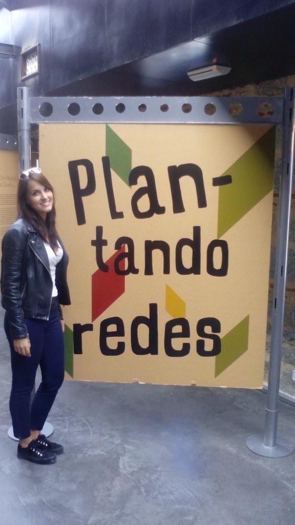 Exposición Plantando Redes en el huerto de El Retiro de Madrid